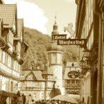 Menschen auf dem Markt in Stolberg