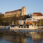 Die Unterburg der Burg Wettin mit dem 1606 angebauten Winkelturm (c) Jörn-Uwe Zeug