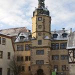 Im 1662 erbauten Rathaus befindet sich auch die Wettin-Information (c) Jörn-Uwe Zeug