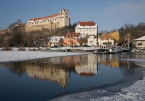 Wettin Saale Burg und Fähre im Winter, (c) Schütze/Rodemann Halle/S